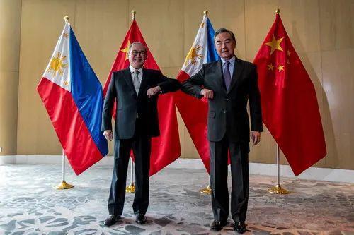 菲律宾外长向王毅道歉,还称自己一直有个与王毅有关的梦想